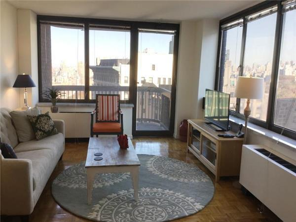 Exquisitely Furnished 1 Bedroom - Columbus Circle Luxury Builidng