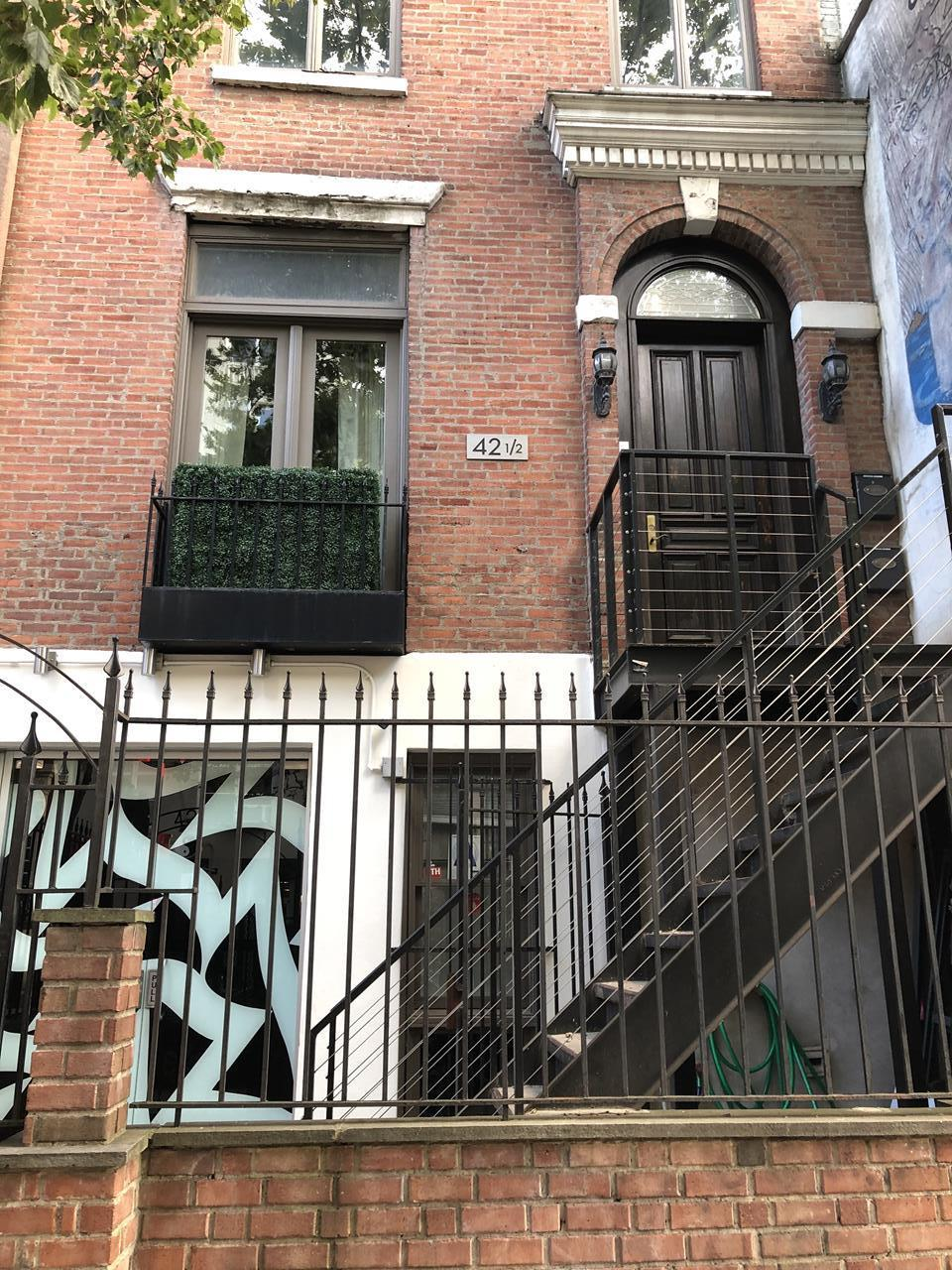 42.5 Saint Marks Place E. Greenwich Village New York NY 10003