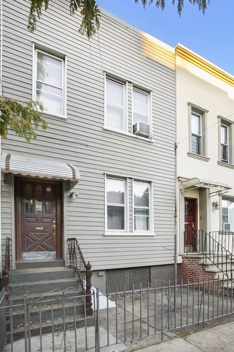 154A Diamond Street Greenpoint Brooklyn NY 11222