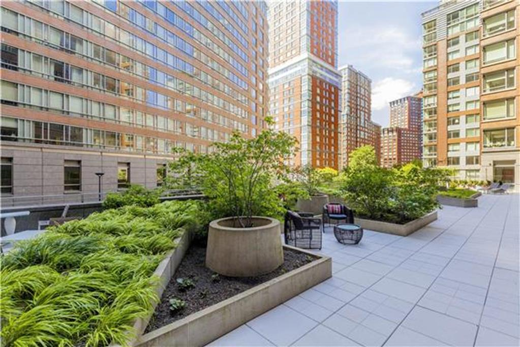 2 River Terrace Battery Park City New York NY 10282
