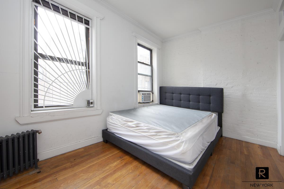65 Ludlow Street Lower East Side New York NY 10002