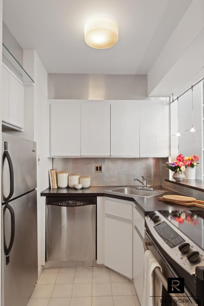 176 West 86th Street Upper West Side New York NY 10024