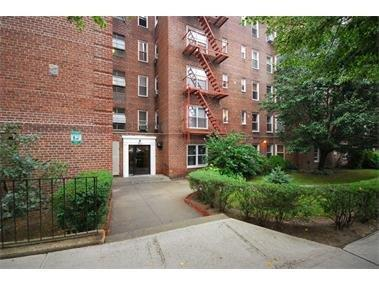 39-50 52nd Street Woodside Queens NY 11377